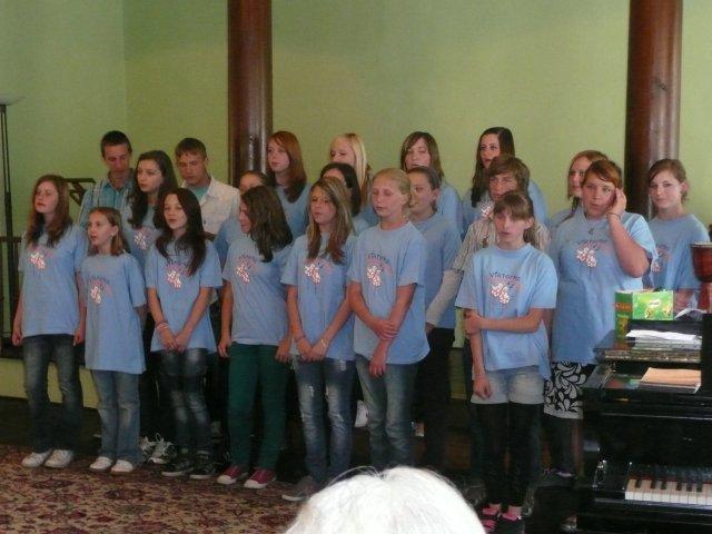 jarni_koncert_peveckych_sboru_03.JPG