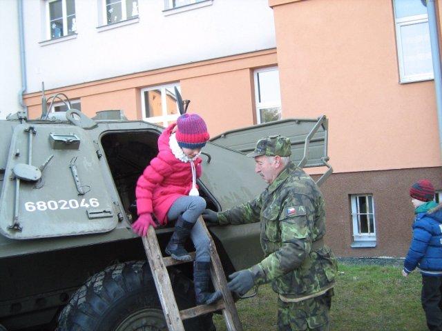 Vojenska_technika_06.jpg